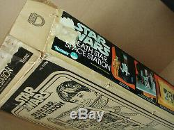 Star Wars 1977 1978 Vintage Kenner Death Star Space Station with Box Instructions