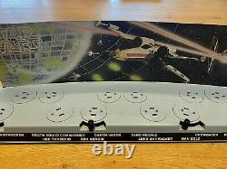 Vintage Star Wars 1978 First 12 Figure Display Stand & Back Drop All Original