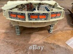 Vintage Star Wars ESB MILLENIUM FALCON BOXED Kenner 1981 Complete